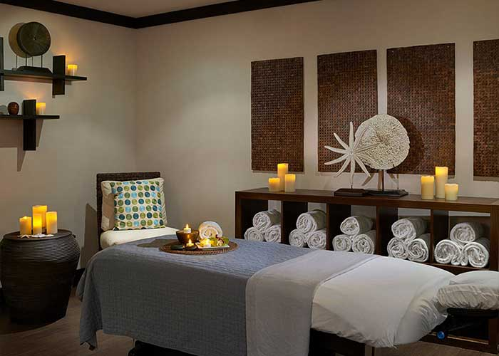 Spa room at the Newport Beachside.