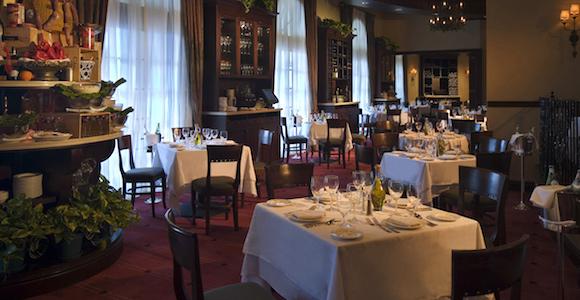 Il Mulino New York dining room at Acqualina