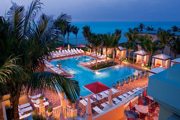 ACQUALINA RESORT & SPA POOL