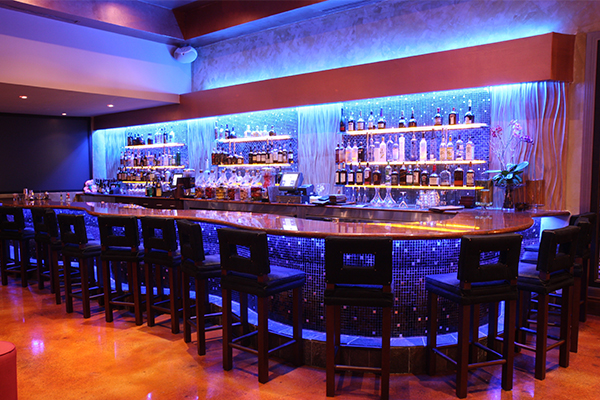 Kitchen 305 at the Newport Beachside Hotel & Resorty