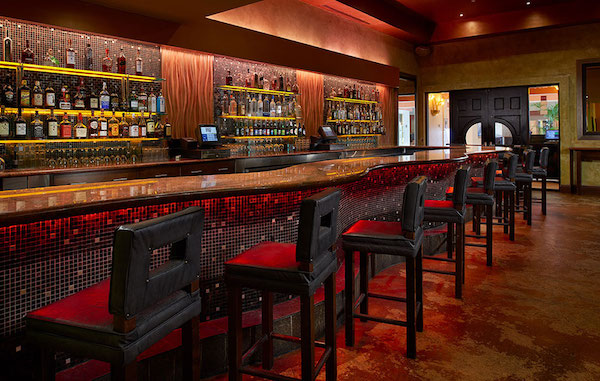 Kitchen 305 Bar