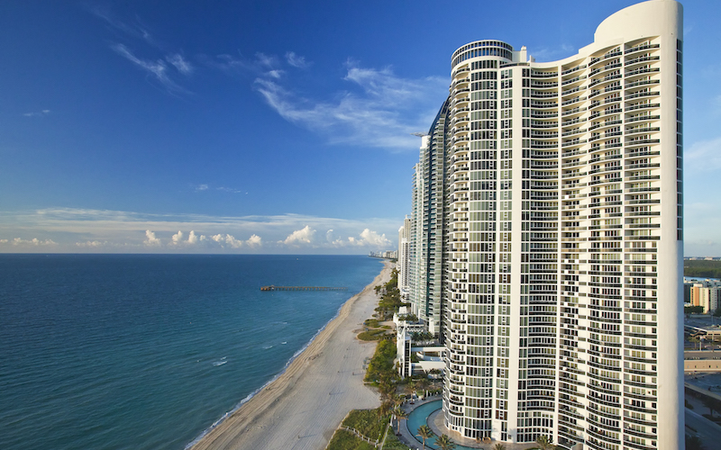View of Solé on the Ocean and Sunny Isles Beach coastline.
