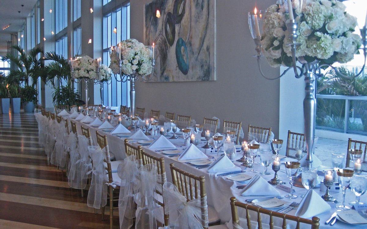 Marenas Beach Resort Table Wedding Setting