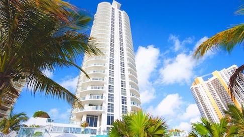 View looking up at Marenas Beach Resort building