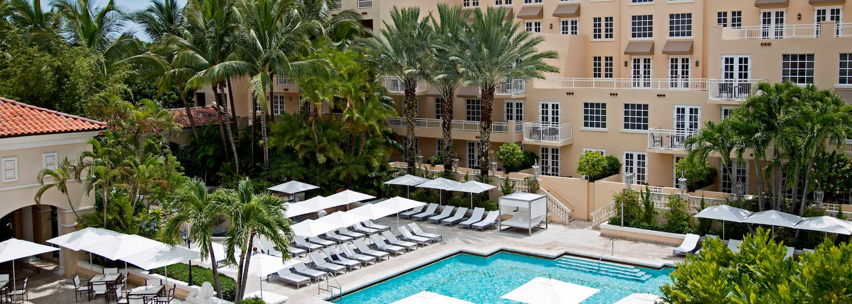 Pool and lounge chairs at the JW Marriott Turnberry Isle