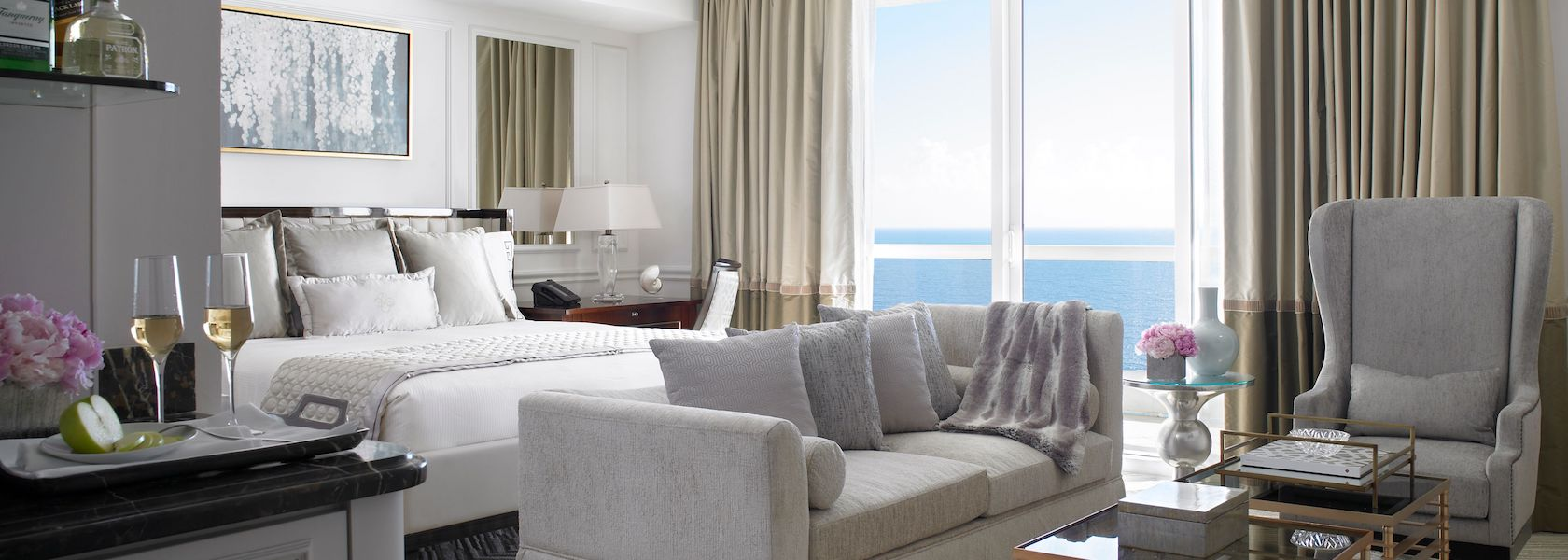 Suite with ocean view at Acqualina Resort & Spa