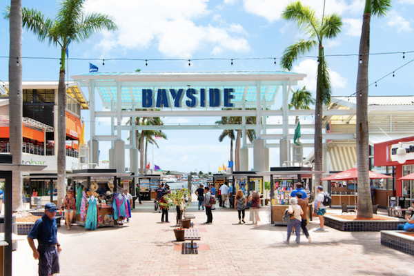 Shoppers on bright sunny day at Bayside Marketplace