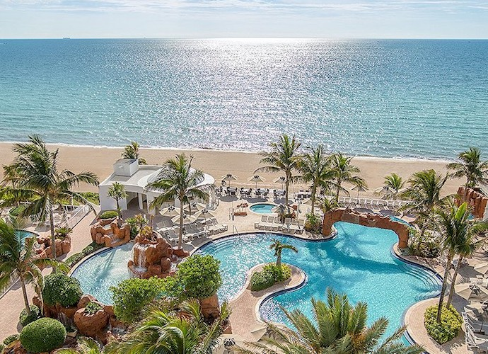 Fall specials at Trump International Beach Resort