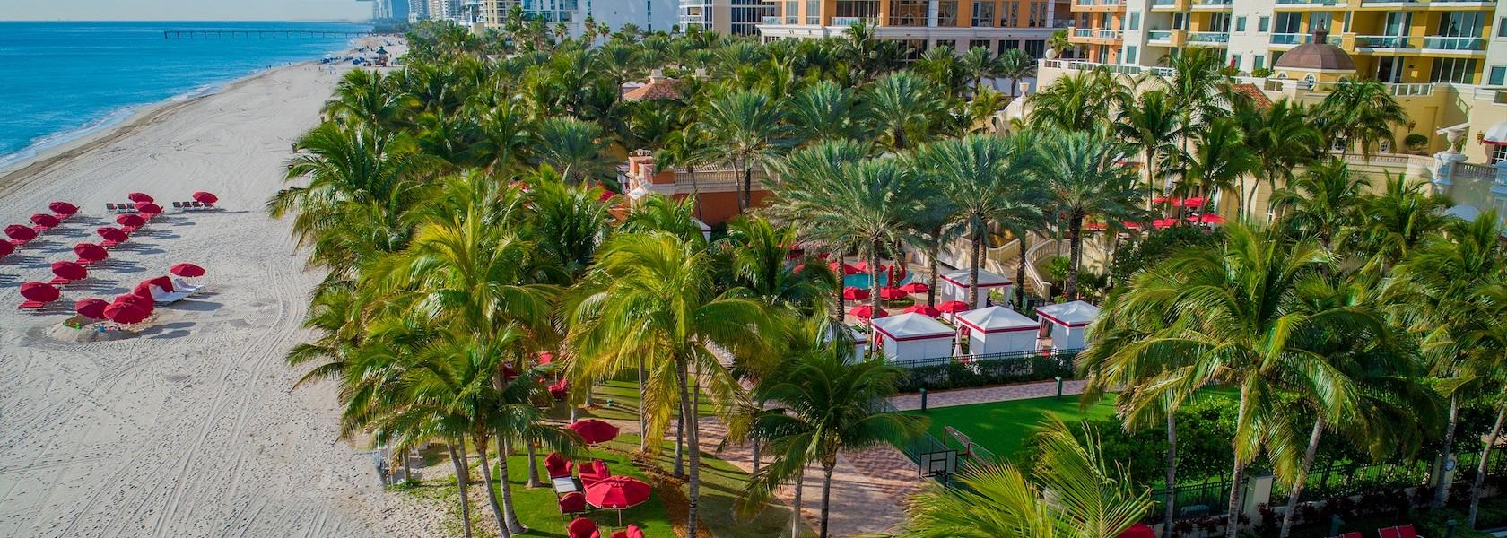 Acqualina Beachside Courtyard