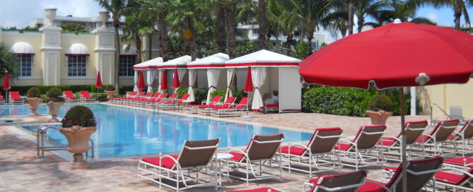 Acqualina Adult Pool