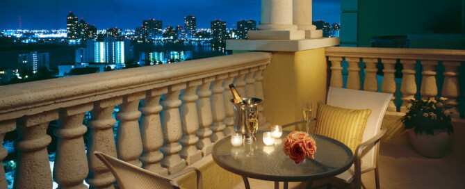 Balcony dining at Acqualina